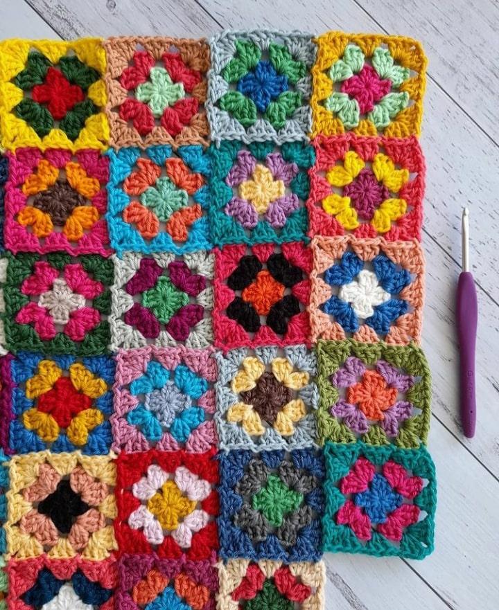 The Gratitude Blanket Project ⋆ Live Your Best Crochet Life
